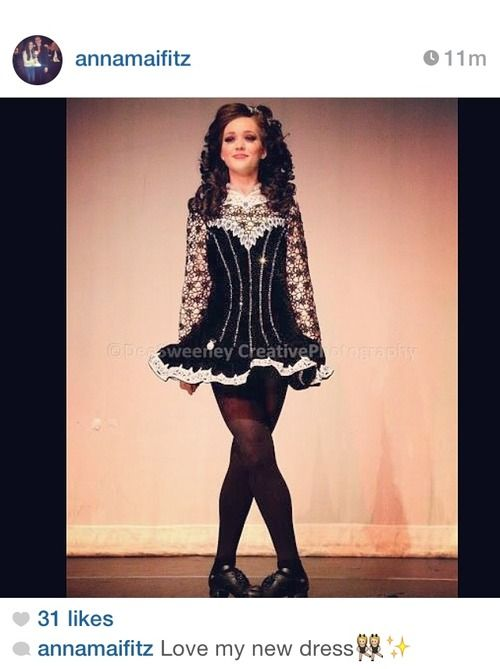 THAT WIG! 'tis gorgeous! And yes, the dress rocks too :)