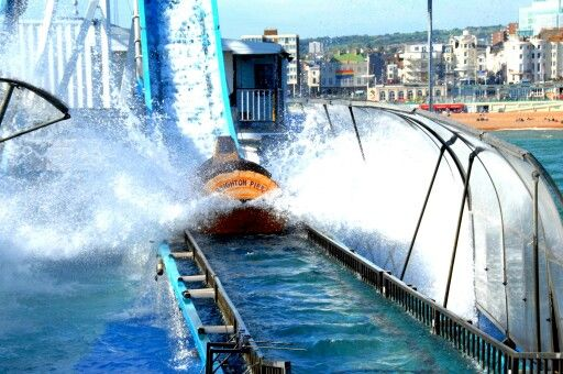 The water ride on the palace pier