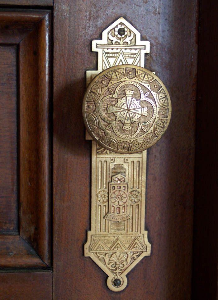What a nice piece of door hardware!: Doors Hardware, Dreams Houses, Doors Handles, Aesthetics Doorknob, Antiques Doors Knobs, Beautiful Doors, Style Doorknob, Eastlak Style, Doors Knockers