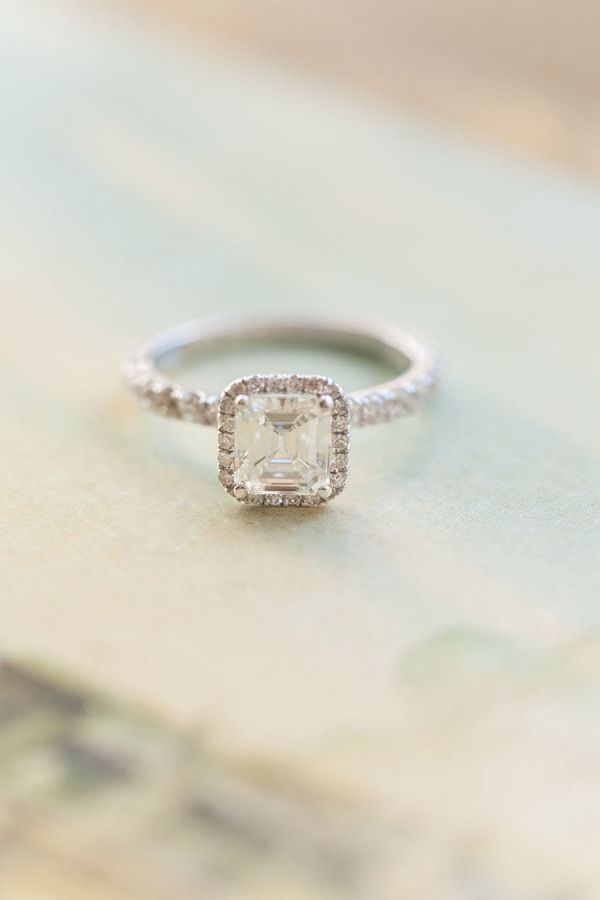 http://rubies.work/0459-sapphire-ring/ in love with this engagment ring! ~ we ❤ this! moncheribridals.com