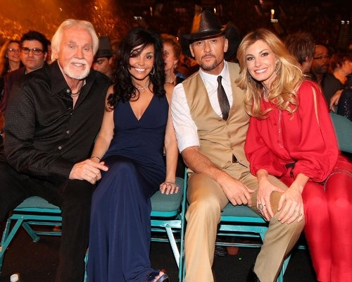 Kenny Rogers and wife Wanda and Tim McGraw and Faith Hill attend ACM Presents: Lionel Richie And Friends concert - April 2, 2012