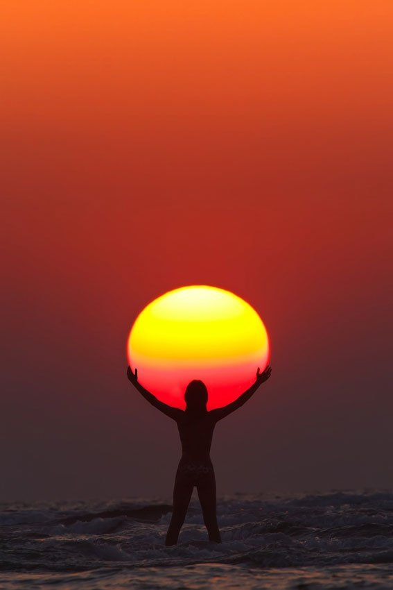 PRAISE THE SUN   Photograph by Anton Jankovoy | jankovoy.com   In this perfectly timed sunset capture