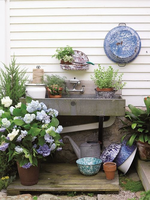 Vintage styled outdoor sink, in 'Gardenalia' by Sally Coulthard. Repinned by www.silver-and-grey.com