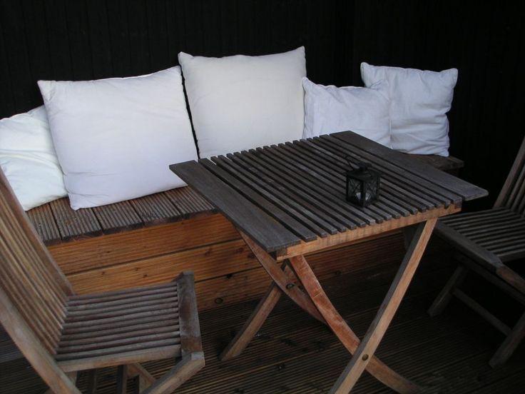die besten 25 truhenbank garten ideen auf pinterest truhenbank kleine wohnzimmer und banktruhe. Black Bedroom Furniture Sets. Home Design Ideas