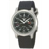 Seiko Men's SNK809 Seiko 5 Automatic Black Canvas Strap Watch (Watch)
