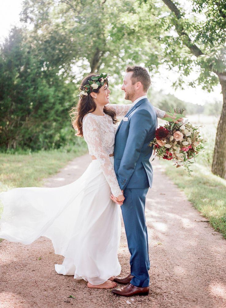 Karen Willis Holmes Tillie Crop & Natasha Skirt Second-Hand Wedding Dress on Sale 35% Off