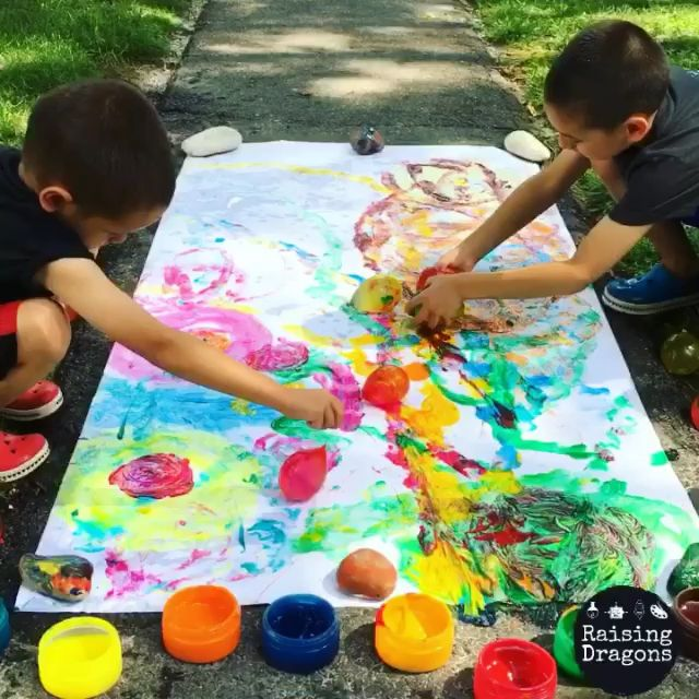 Water Balloon Painting * ages 2+ ⋆ Raising Dragons