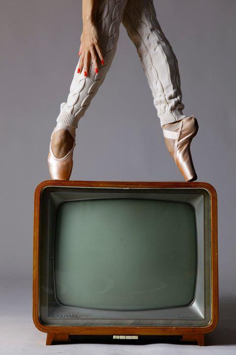 Ballet shoes: Legs Warmers, En Points, Points Shoes, En Pointe, Art, Modern Dance, Tvs, Ballet Shoes,  Television System