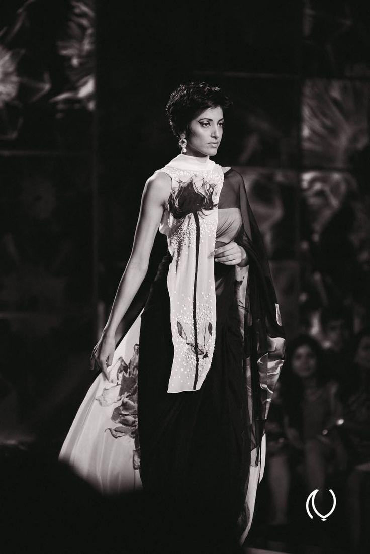 Jesse Randhawa for Satya Paul, PCJ Delhi Couture Week http://www.naina.co/photography/2013/08/satya-paul-pcj-delhi-couture-week-pcjdcw2013/ #pcjdcw2013