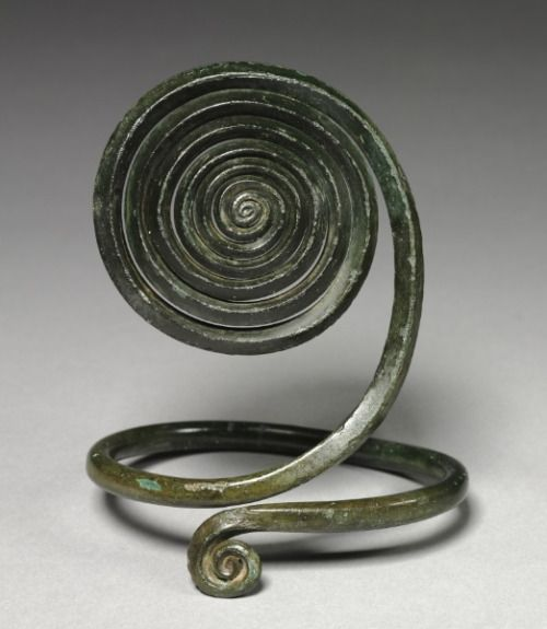 Bronze Age Central European spiral-style armilla (arm band) from c. 1500 BCE. From the Cleveland Museum of Art.