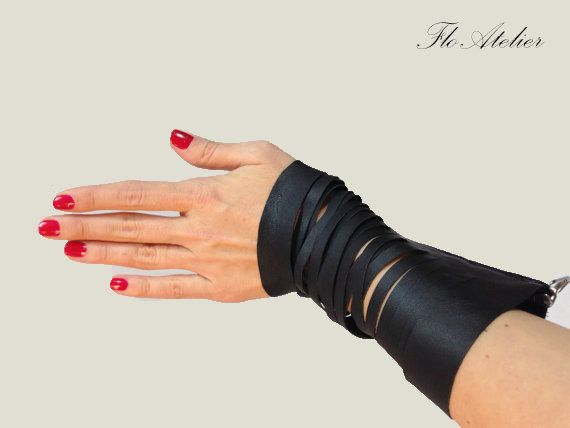 Hey, I found this really awesome Etsy listing at https://www.etsy.com/uk/listing/184924307/black-leather-bracelet-zipper-bracelet