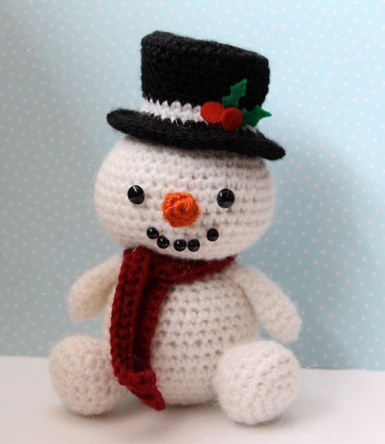Easy Christmas Amigurumi : Jolly the snowman amigurumi indie and crochet