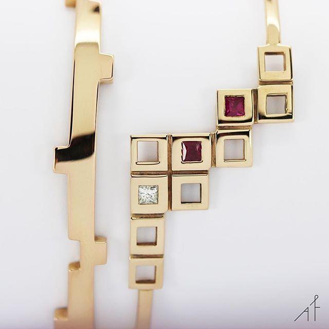 The new way to do bracelets.  #afewjewels #bracelet #gold #fashion #style #amazing #moda #instamood #instagood #fashionista #beautiful #ruby #diamond #goodmorning #legoo #pyramid #picoftheday #photooftheday #jewelry #jewel #afew #mood #outfit #happiness #love #colour #colorful