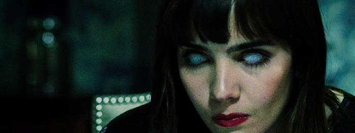OUIJA - Clip in Esclusiva dal Film Horror di Stiles White - Splattercontainer.com