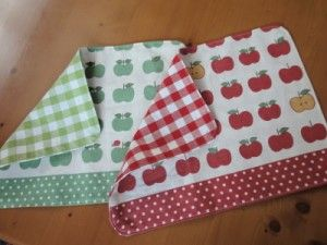 ランチグッズ お弁当袋 コップ袋 箸袋 ランチョンマット 手作り 作り方 幼稚園 無料型紙 型紙 かわいい
