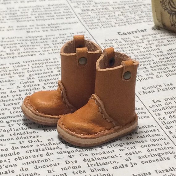 Real leather: miniature pecos boots camel for blythe by nero1025