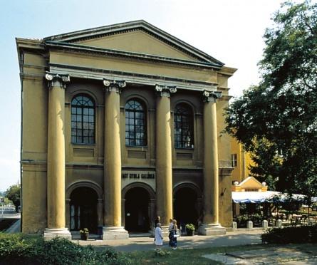 Varpalota synagogue