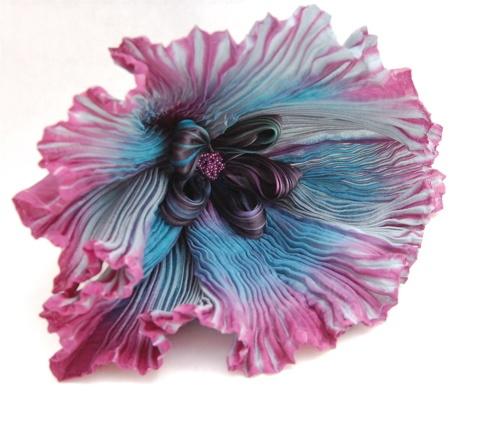 Shibori ribbon flower. Gorgeous!