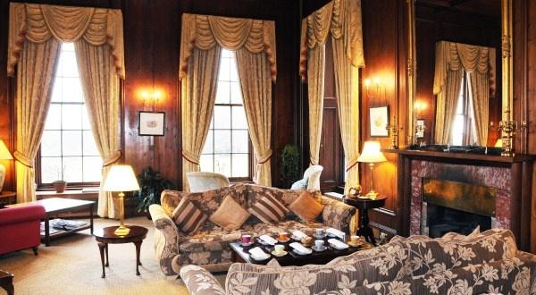 Lounge at Raemoir House Hotel