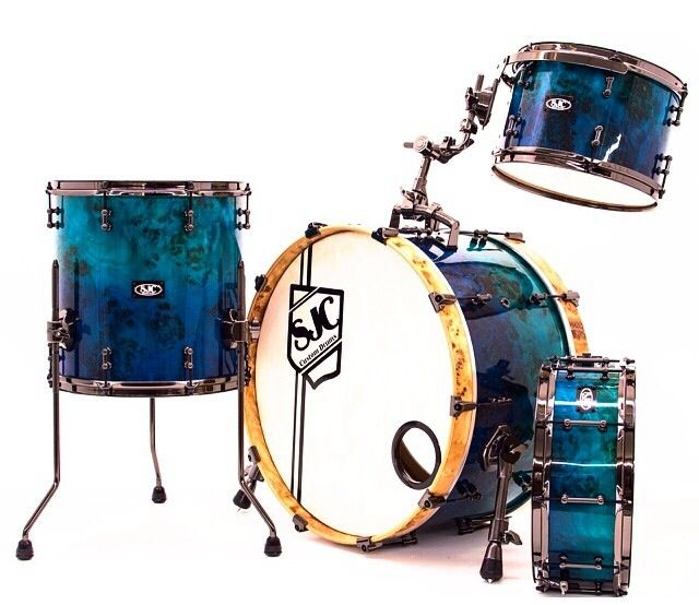 Mappa burl turquoise to blue hi gloss fade SJC drum kit made for Andy Pace 8x12 mounted tom; 14x14 floor tom 12x22 kick drum Original photo from Instagram: @SJC Custom Drums