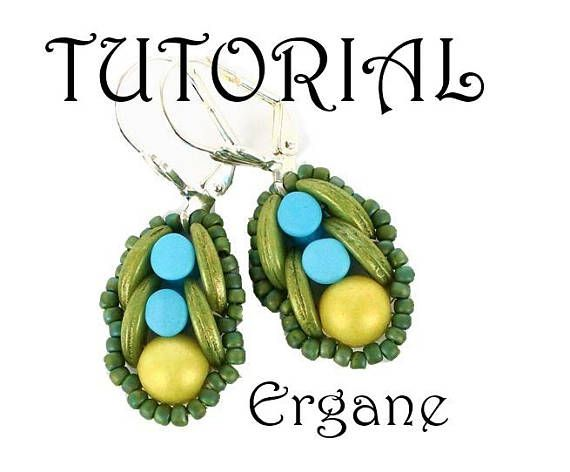 Crescent Earrings with Preciossa Pellet beads.  The tutorial contains step by step graphs with complete explenaition. This tutorial is for beginner Beaders.