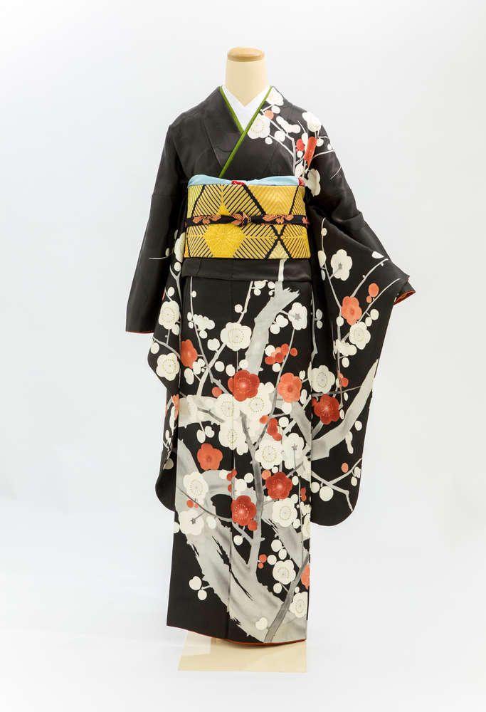 A-87 振袖 黒地 紅白梅 #アンティーク #振袖 #着物 #antique #furisode #kimono
