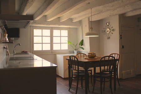Échale un vistazo a este increíble alojamiento de Airbnb: Apartamento rústico en Cal Metge - Apartamentos en alquiler