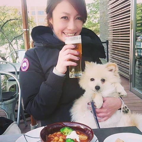 天気の良い日はビールがウマイ💙ぷーちゃん いつも通りお利口ちゃん🐶  #🍺 #大濠公園 #お散歩 #ビール #休憩 #ランチ#ハンガリアンシチューとやら#うまうま #ohoripark #beer #lunch#cafe #pomeranian #pome #ポメラニアン#ぽめらにあん#もふもふ#愛犬 #🐶 #dog#ぷー太#成長記録 #fukuoka #fukuokacafe