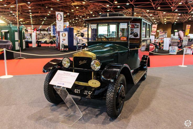 57 best berliet dauphine images on pinterest old school cars automobile and autos. Black Bedroom Furniture Sets. Home Design Ideas