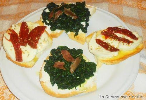 Bruschetta con spinaci e pomodori secchi