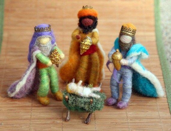 Nadel Gefilzte weisen, drei Könige, Krippe, Waldorf inspiriert, Weihnachten, Natur-Tabelle, Design von Borbala Arvai, KUNDENSPEZIFISCH KONFEKTIONIERT