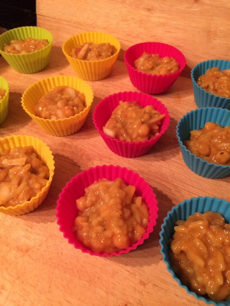 I have seen lots of versions of chickpea Dahl loaf on slimming world so I thought I would attempt to make my own but as muffins so they would be far easier to bring to work. Ingredients Extra Easy ~ Free Makes around 24 small muffins or 12 large. 1 pack batchelors curry flavoured rice …