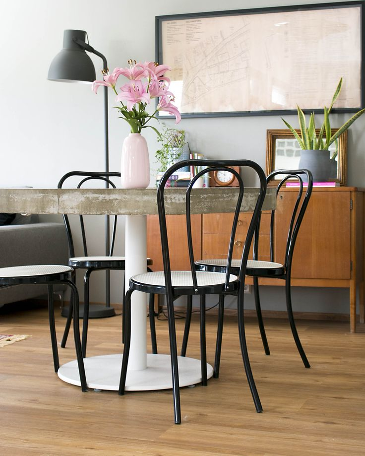 Mid mod dining space