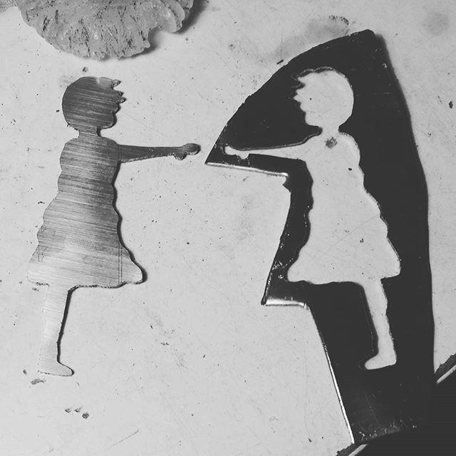 You are my missing part... #handmade #jewelry #loveforhandmade #necklace #banksy #girlwithballoon #balloons #unique #fly #instajewelry #etsyseller #etsystore #etsyfinds #buy #onlineshop #etsyshop #etsy #kolimpri11 #thessaloniki #greekdesigner #greece #style