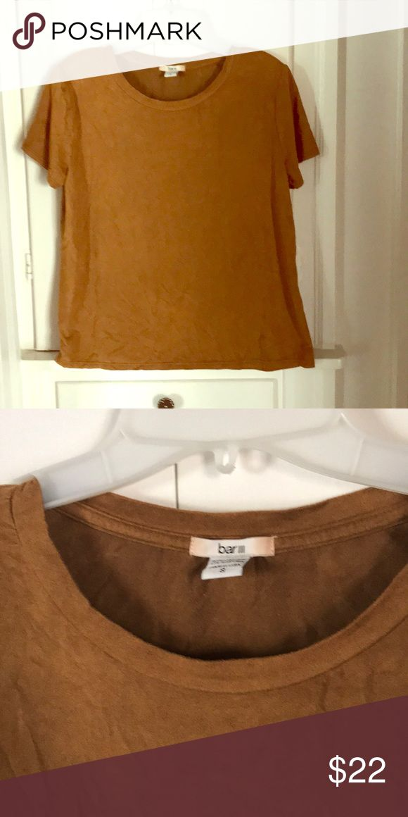 Macy's BAR III mustard gold suede tee Small EUC velvet touch gold Tee. Loose fit, great seasonal color for layering.  Made in USA Bar III Tops Tees - Short Sleeve