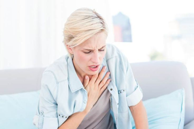 A heart attack usually occurs due to blockage in coronary arteries that feed the heart. During a heart attack, the flow of blood rich in oxygen, to a section of heart muscle gets cut off. Thus, heart cannot get oxygen that it requires to function. According to several reports, unfortunately, many people who