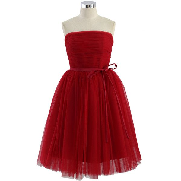 Basic bustier design, high;waist, and multiple mesh layer skirt and a self;tie bowknot to front, everything about this dress is just perfect. An excellent choi…
