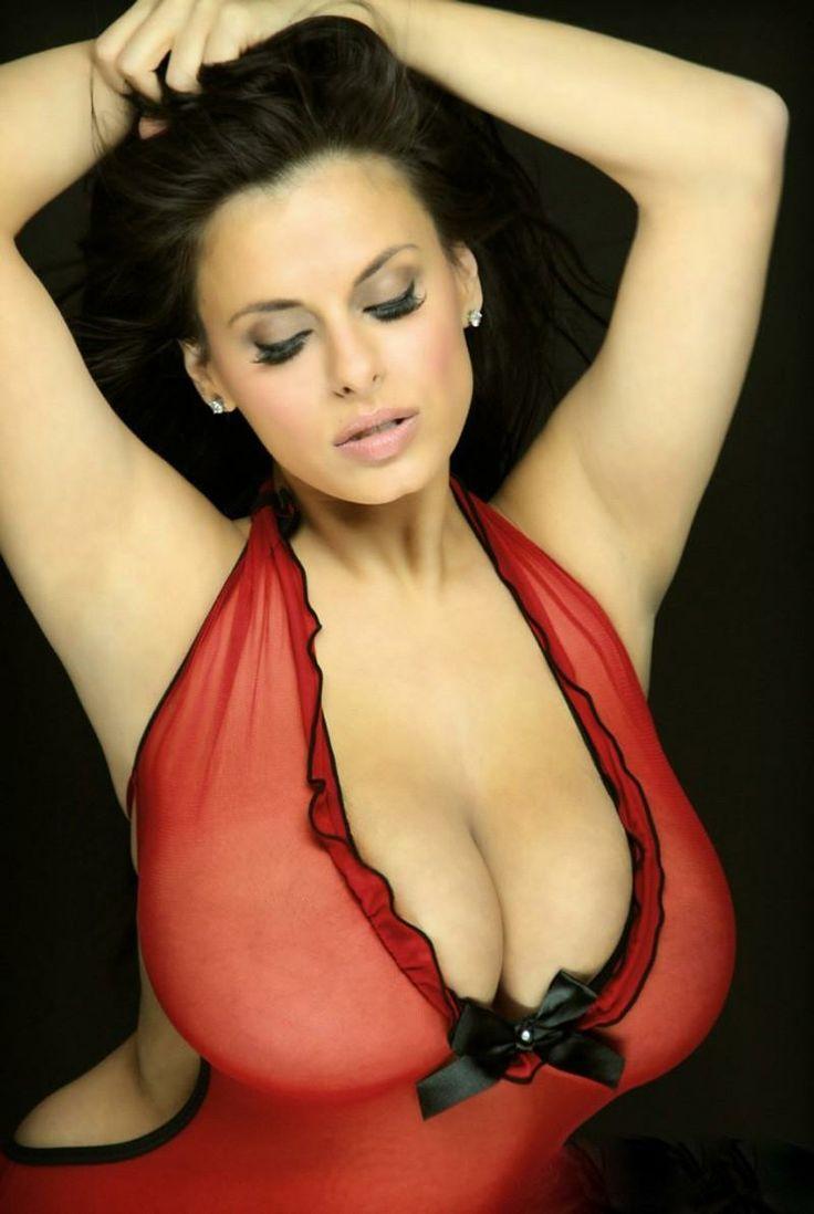 White girl natural jingle tits - 1 part 2