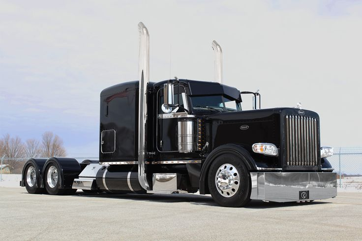 Chromed out Flat Top peterbilt trucks | RoadWorks 2013 Peterbilt 389