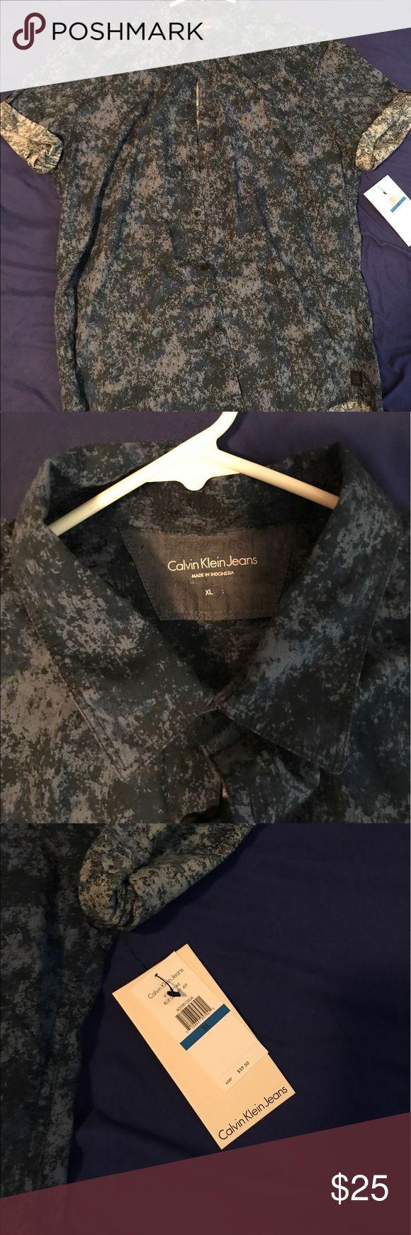 Calvin Klein Navy Camouflage Shirt XL Calvin Klein Navy Camouflage shirt. NWT. Calvin Klein Jeans Shirts Casual Button Down Shirts