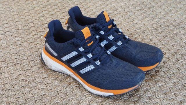 Découvrez le test complet de la nouvelle chaussure de running adidas Energy Boost 3. En vente sur http://www.univers-running.com/chaussures-running-performance/16574-adidas-energy-boost-3-noire-orange.html   #running #energyboost #adidas #sport #universrunning