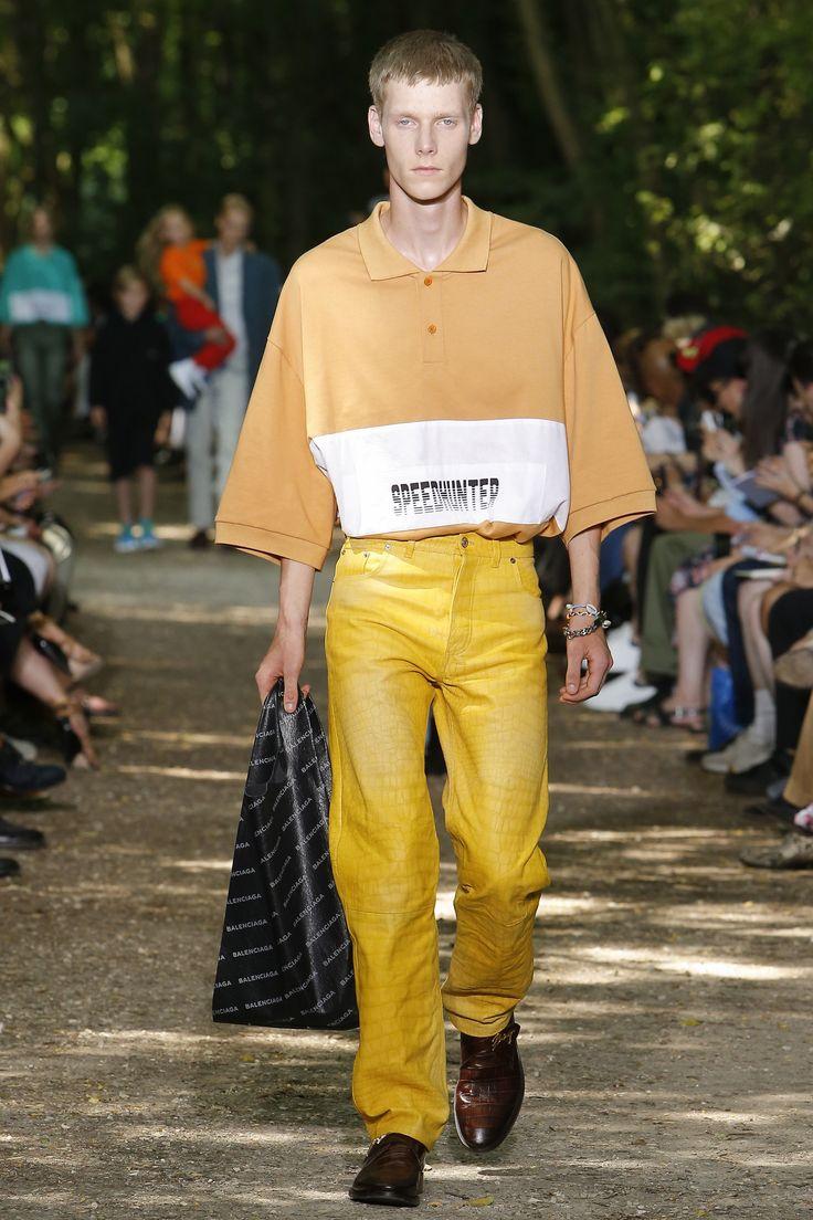Balenciaga Spring 2018 Menswear Fashion Show