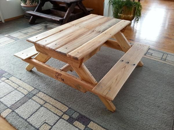 Diy Handmade Pallet Kids Picnic Table 101 Pallets