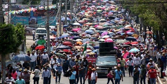 Maestros se preparan para marchar en Chiapas
