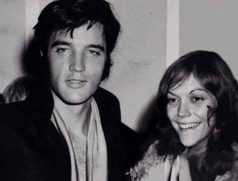 """PHOTOSHOP! FAKE! The Elvis picture is from his  his press conference at the International Hotel in Las Vegas, NV  on August 1, 1969 and was taken after his opening concert there. It has been flipped as well as having Karen Carpenter photoshopped into it! (Thnx to """"Elvis Presley - Fake Photoshopped Photos"""" on facebook for debunking this FAKE.) See the ORIGINAL photo of Elvis with Joan Adams at: http://media-cache-ak0.pinimg.com/600x/21/14/7f/21147f52cb0692733b62a46c9f8ae2c4.jpg"""