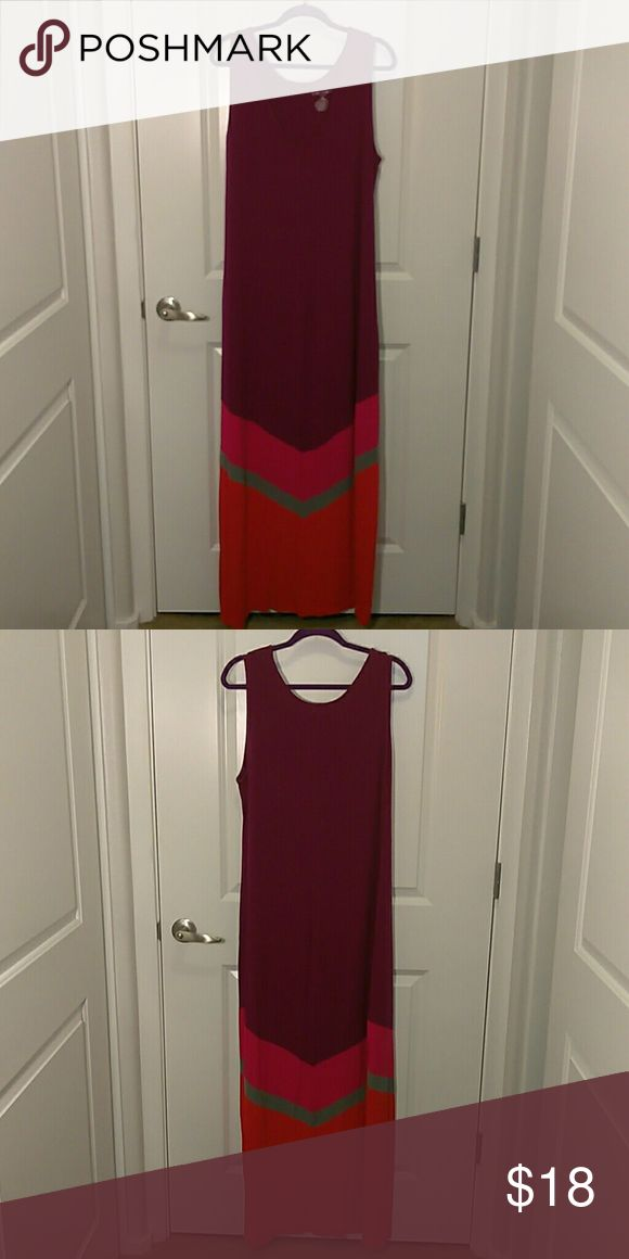 Chevron Maxi Dress Tall Knit maxi dress. Liz Lange Maternity XXL, extra long, I'm size 18, not pregnant, 5'10, and loved it because I could wear wedge sandals and it still be long enough. Not common to find tall maxi dress imo. ;) Light use, nice, soft knit. Liz Lange for Target Dresses Maxi