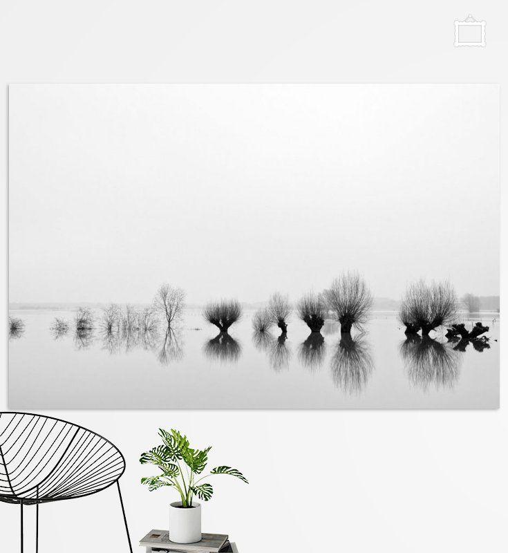 Hoogwater langs de IJssel zwartwit
