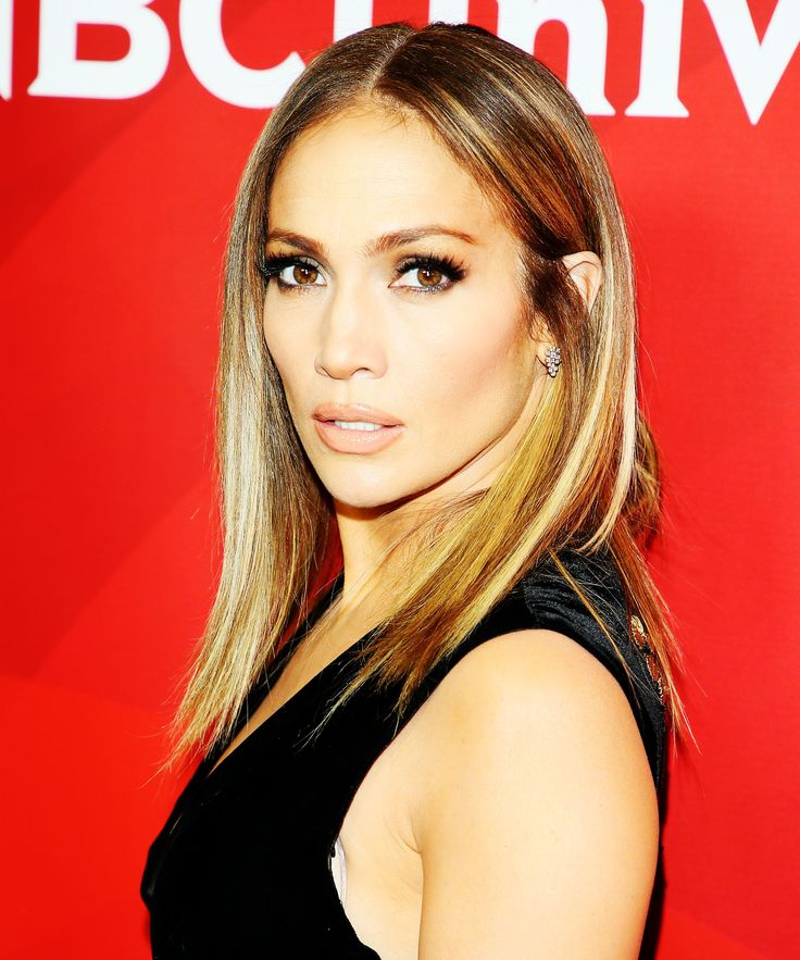 J. Lo Traded In Her Long Hair For Something Way Shorter — & It Looks SO Good+#refinery29