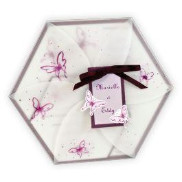 Faire-part mariage créatif : Hexagone calque avec papillons aubergine