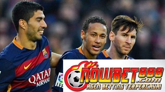 Pemain Barcelona Neymar percaya dia layak untuk menjadi rekan tim bersama Luis Suarez dan Lionel Messi di FIFA Ballon d'Or daftar shortlist.